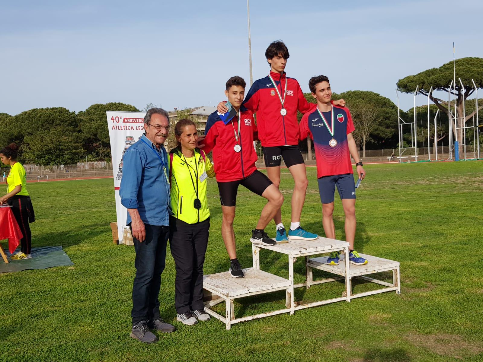 Il podio Allievi dei mt 500 con Giulio Luciani(1 class) e Marco Restuccia(2 class)